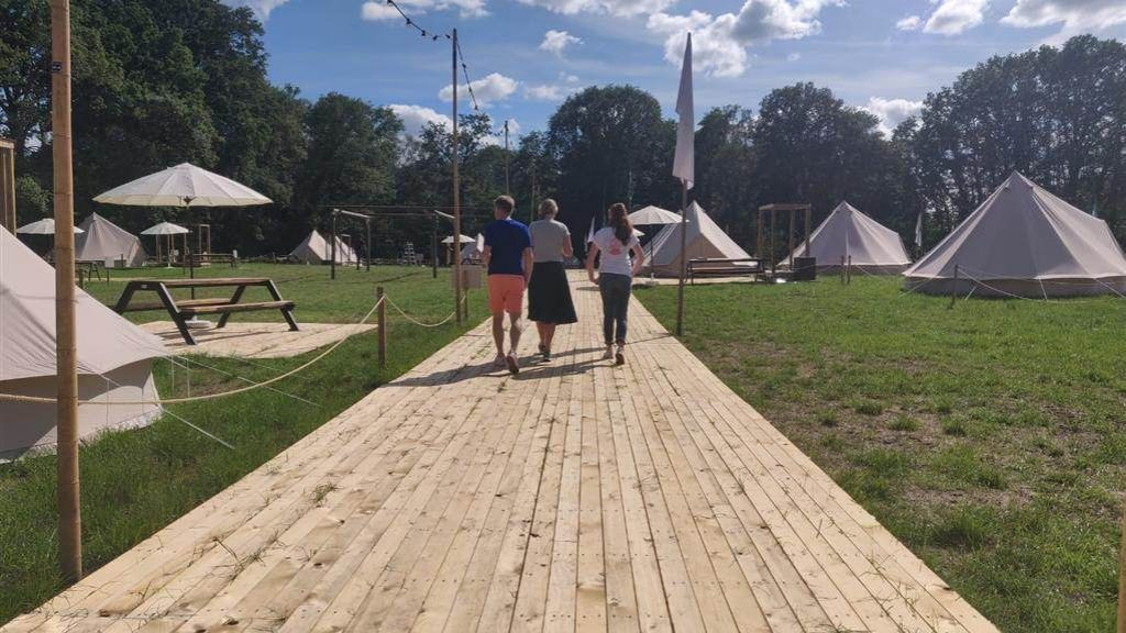 Festivalproducent bouwt camping in Aalten