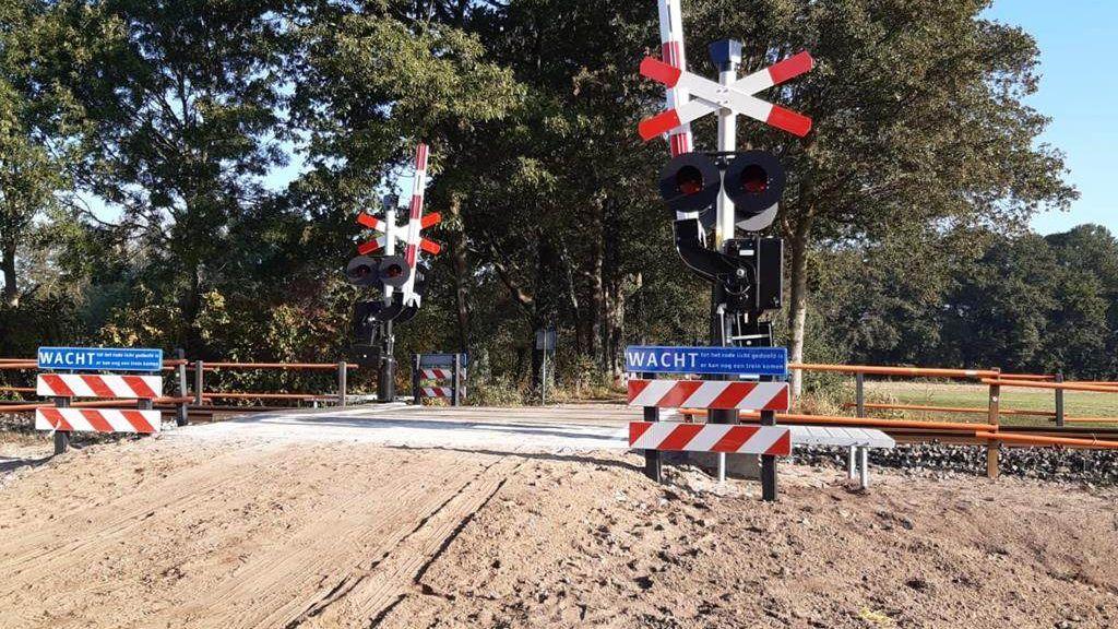 Na 'gigantische investering' is spoorwegovergang in Aalten nu veilig