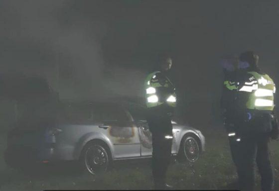 Auto in brand gestoken in Elspeet