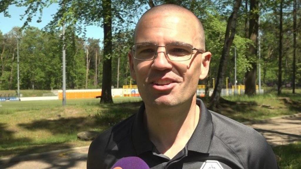 Edese grensrechter Van Roekel vlagt EK-finale