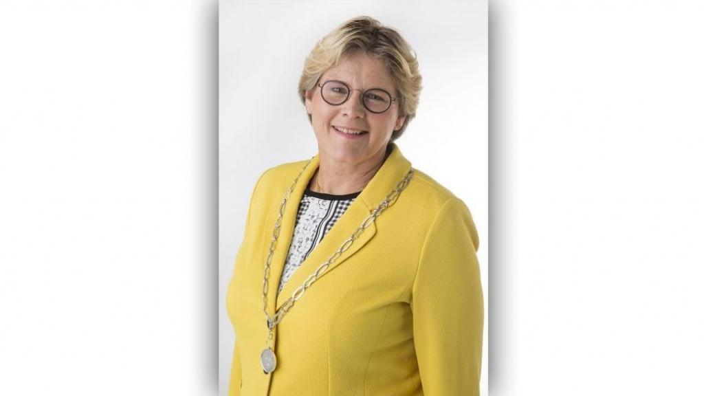 Burgemeester Cnossen van Woudenberg stopt