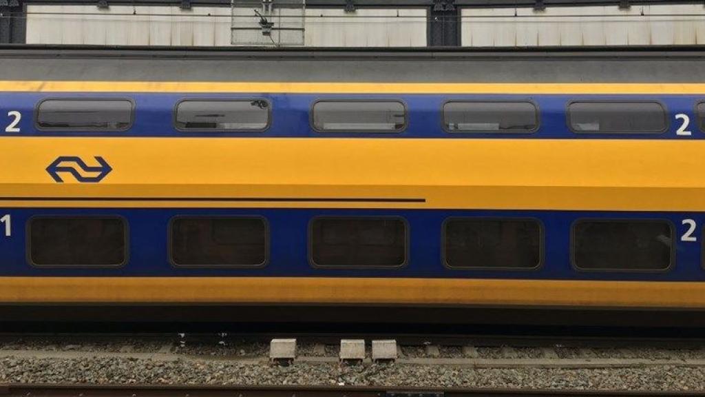 Treinverkeer ligt grotendeels stil door storing