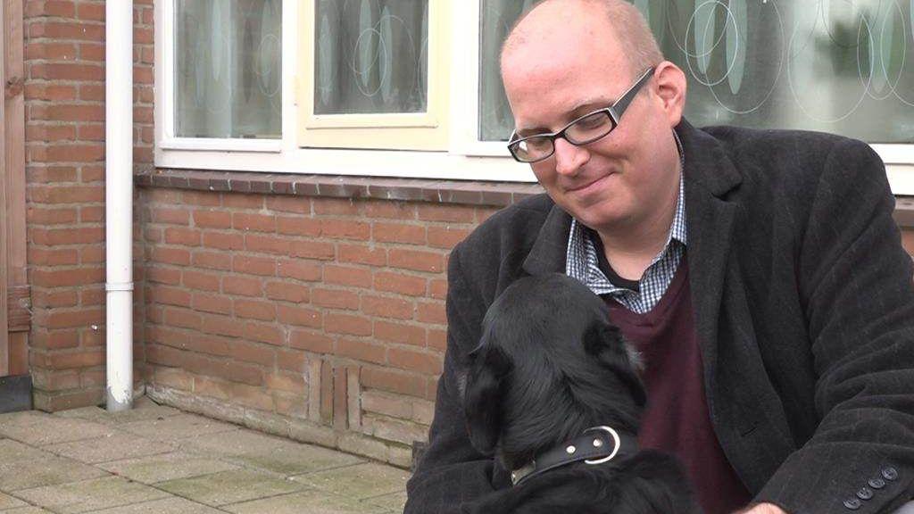 Hond Aslan heeft epilepsie, maar zijn medicijn wordt niet geleverd
