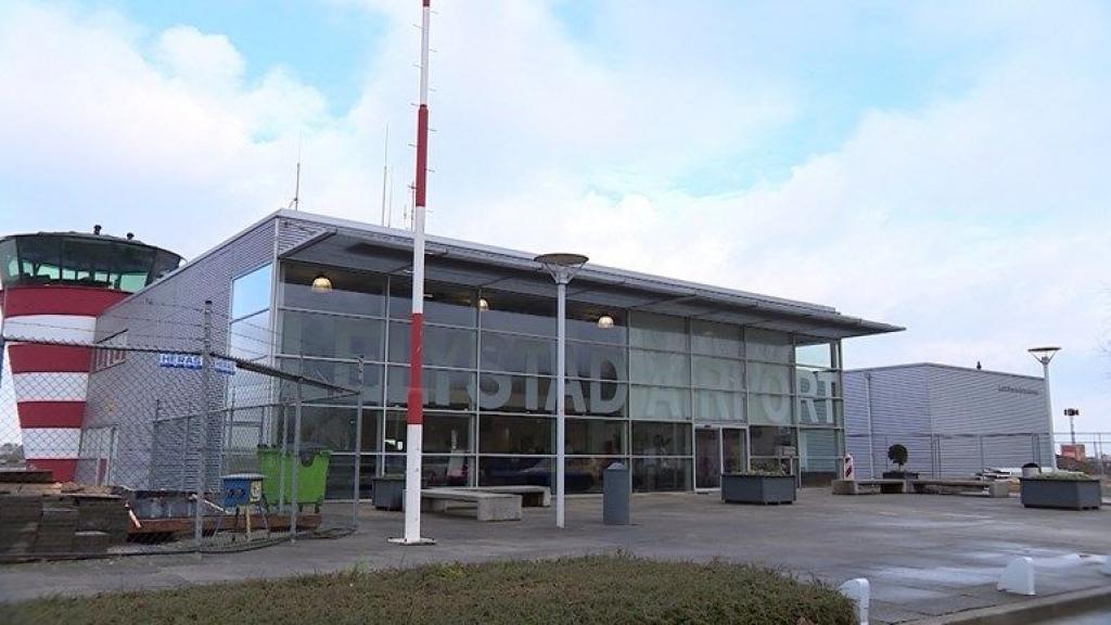 Gemeenten pleiten bij informateur voor pauze in proces Lelystad Airport