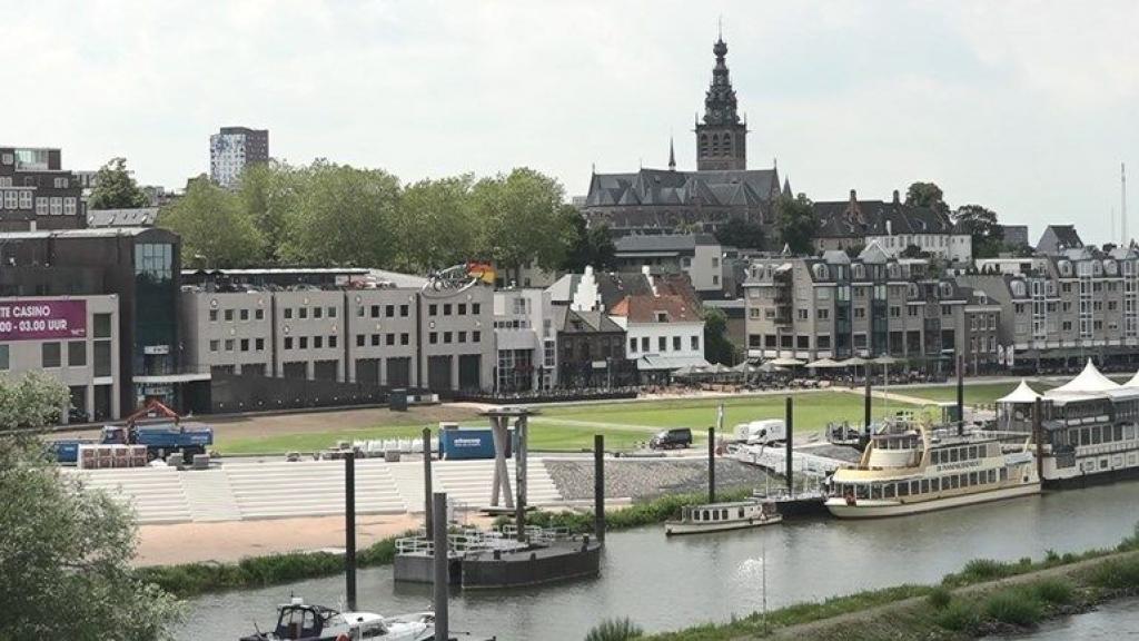 Nijmegen grijpt drastisch in op Waalkade