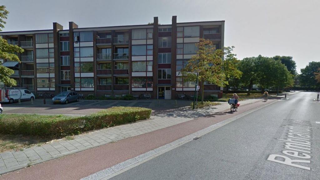 Komen er meer ondergrondse papier inzamelpunten in Veenendaal?