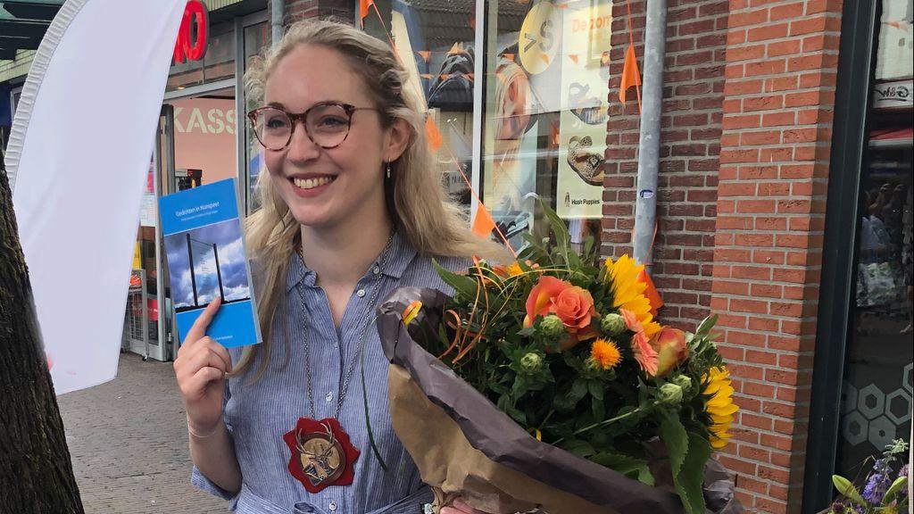 Willemijn is de nieuwe dorpsdichter. Foto: RTV Nunspeet
