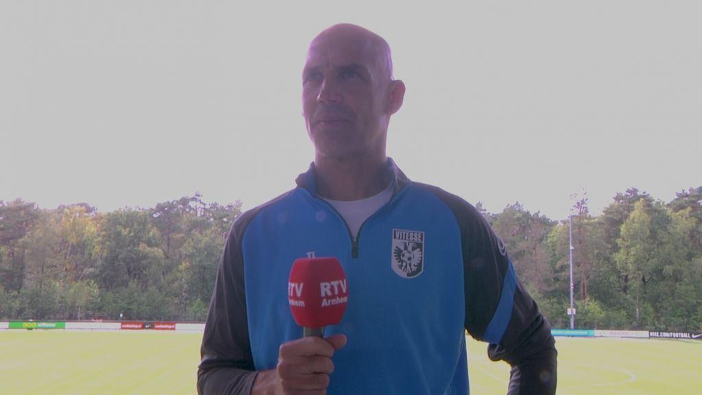 Corona uitbraak in staf Vitesse, duel met Sparta gaat door