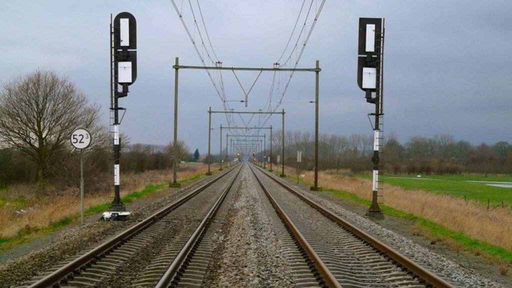 Geen treinen van en naar Geldermalsen door stroomstoring