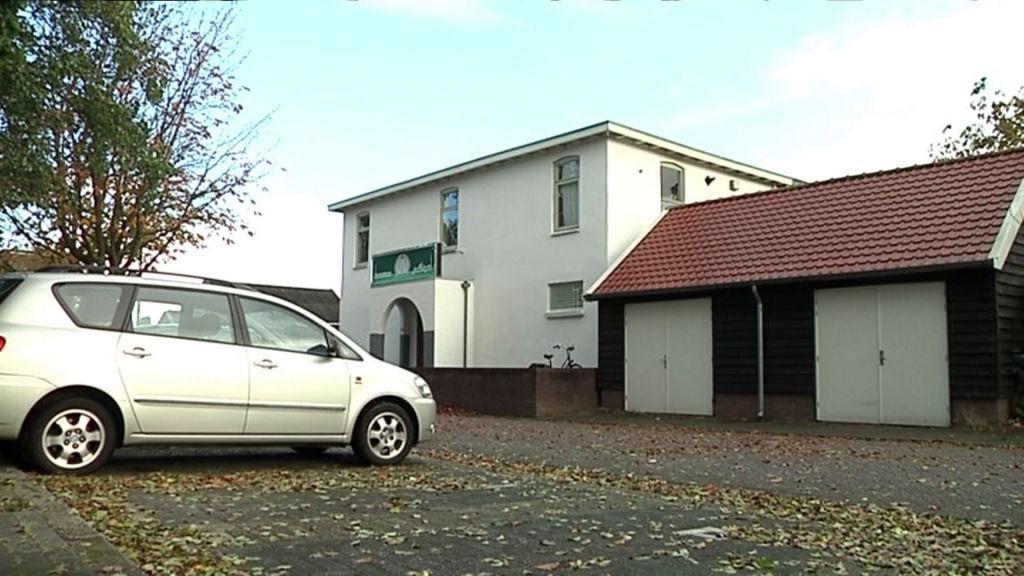 D66 Veenendaal verzoekt om spoeddebat naar aanleiding van NRC artikel inzake infiltratie Veenendaalse moskeeën