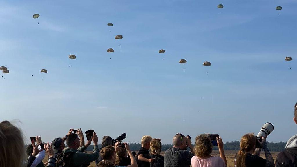 De Airborne Luchtlandingen op de Ginkelse Heide. Foto: Omroep Gelderland