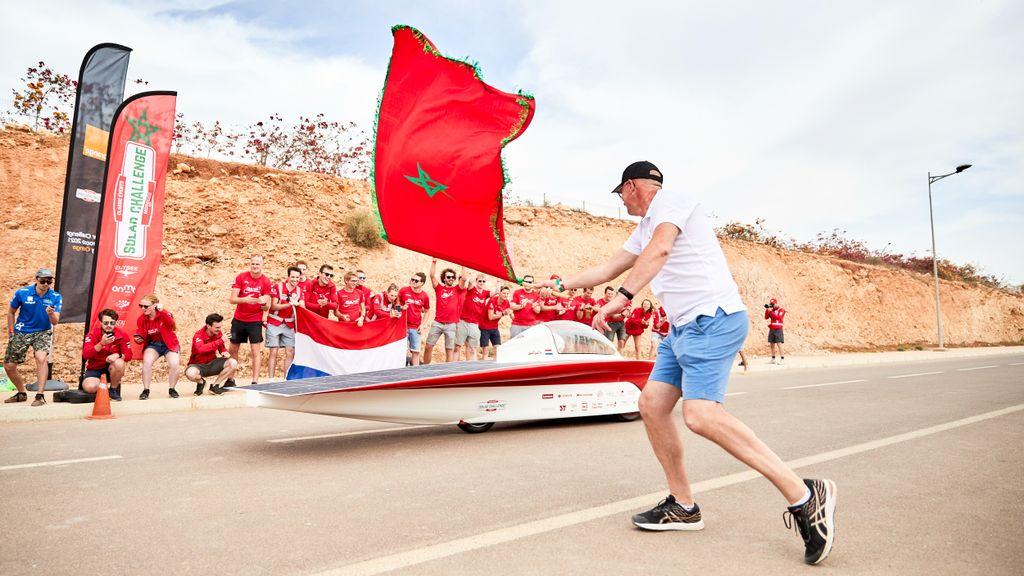 Dankzij Timo racen zonneauto's voor het eerst in Marokko