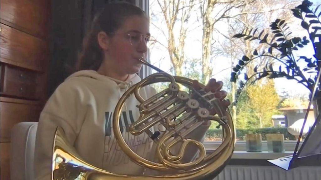 Rhodé wint solistenwedstrijd met haar hoorn