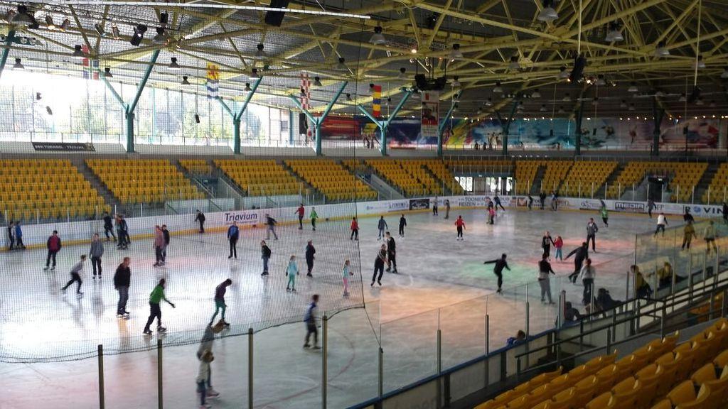 Voor jongeren en volwassenen wordt schaatsen in het Triavium duurder, voor ouderen juist duurder. Foto: RN7