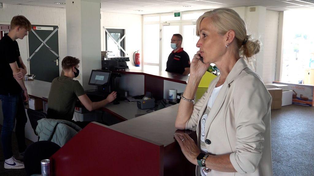 De telefoon bij Rhodos staat roodgloeiend Foto: Omroep Gelderland