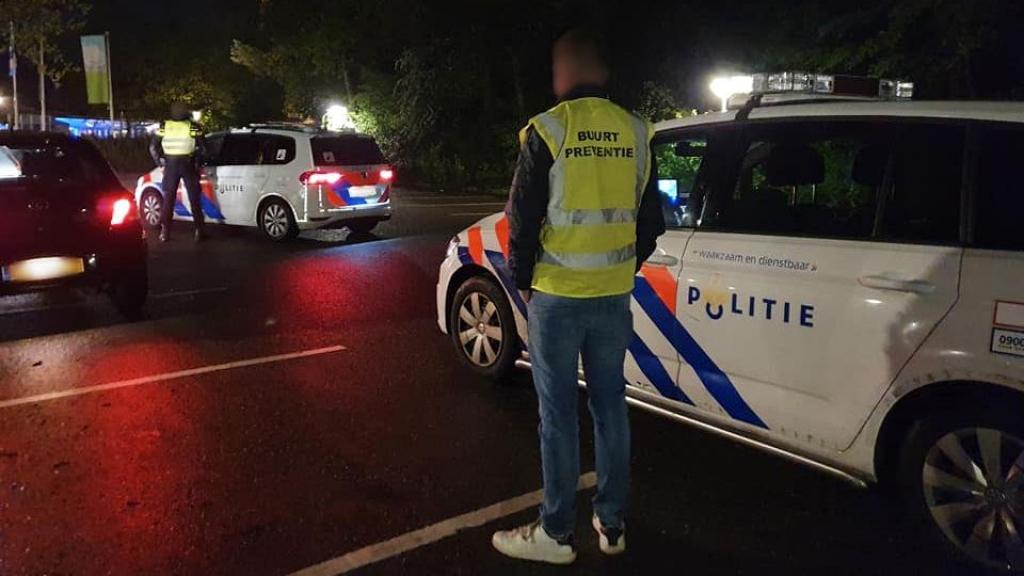 Personen in auto gedragen zich verdacht in Elspeet