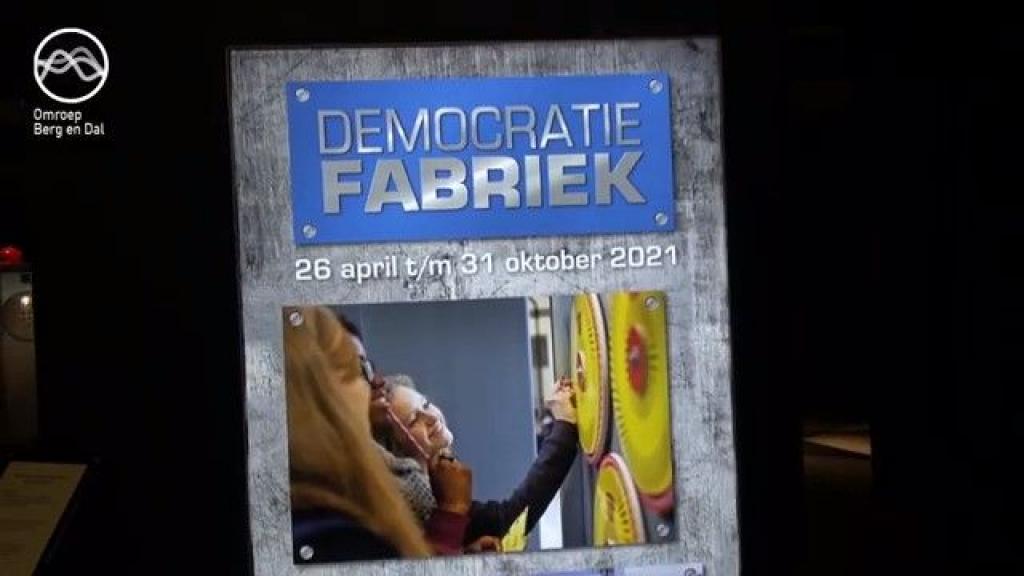 De Democratiefabriek; een bijzondere expositie in het Vrijheidsmuseum