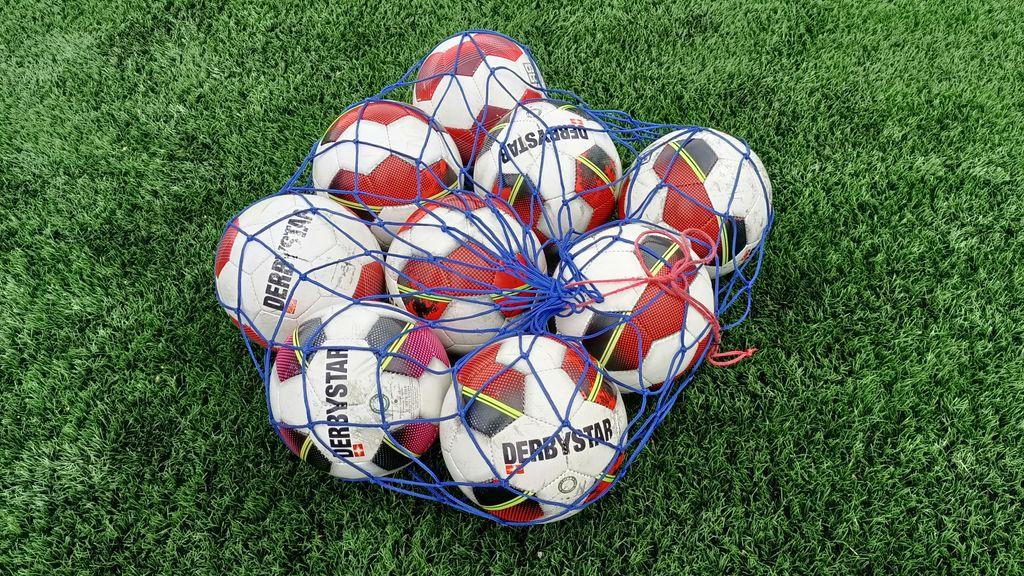 Woensdag 7 juli schoolvoetbal voor de groepen 8 op de Wiltsangh