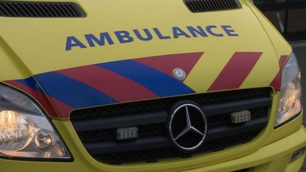 Automoblist gewond na eenzijdig ongeval in Renswoude