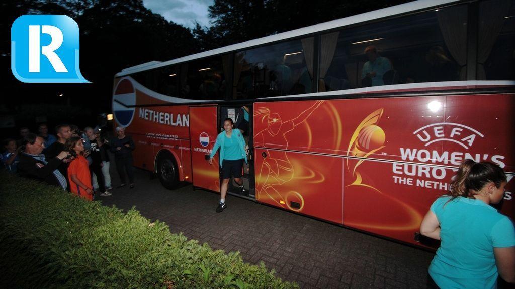 Oranje Leeuwinnen feestelijk onthaald in Rheden na bereiken halve finale