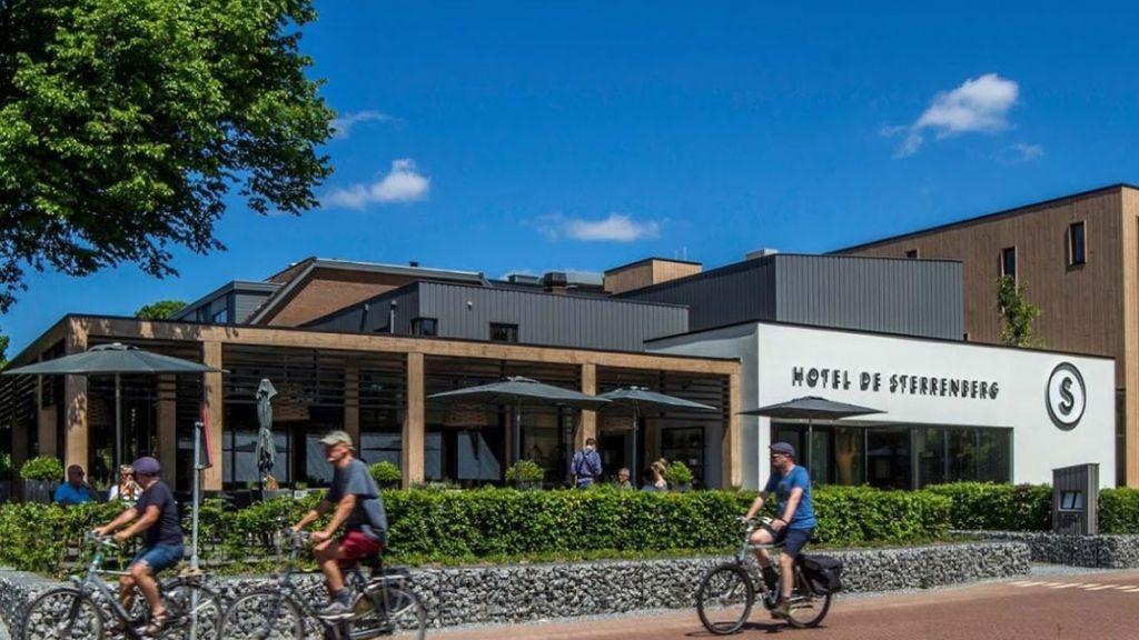 Hotel De Sterrenberg in Otterlo vanwege coronabesmettingen voorlopig gesloten