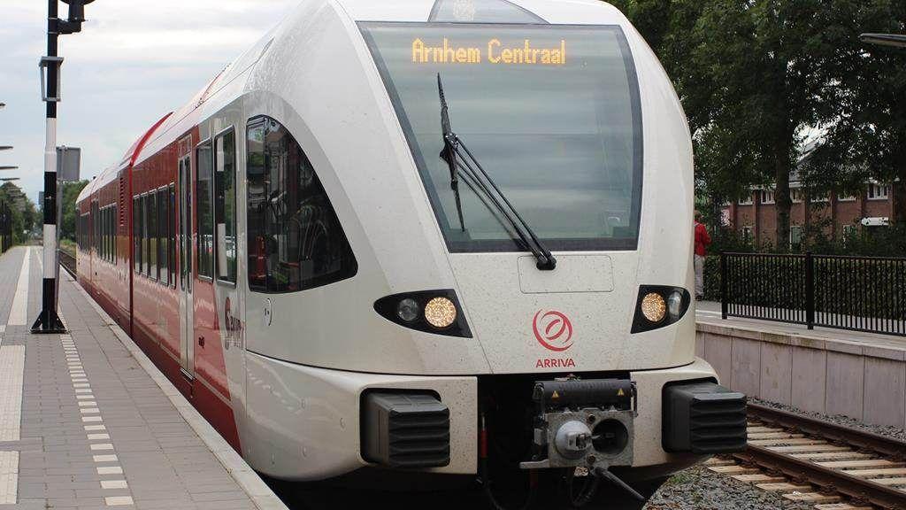 Geen treinen tussen Arnhem en Zevenaar, Arriva zet bussen in