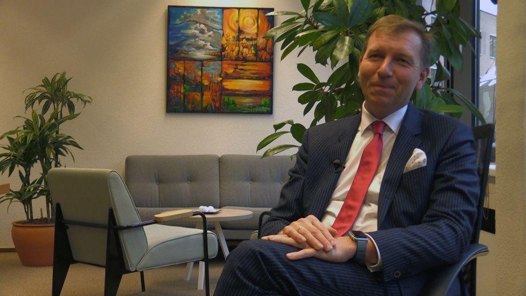 Burgemeester Kats van Veenendaal zegt lidmaatschap SGP op na discussie over samenwerking met FvD