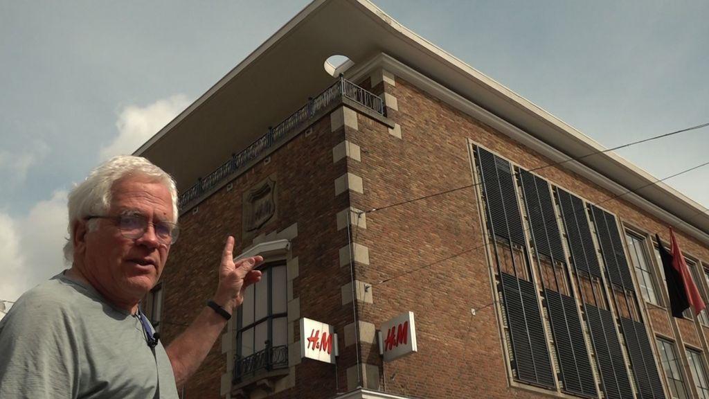 De Nijmeegse wederopbouwarchitectuur is interessanter, want veelzijdiger dan die in het Amsterdam Centrum, vindt stadsgids Wim Bilo Foto: Omroep Gelderland