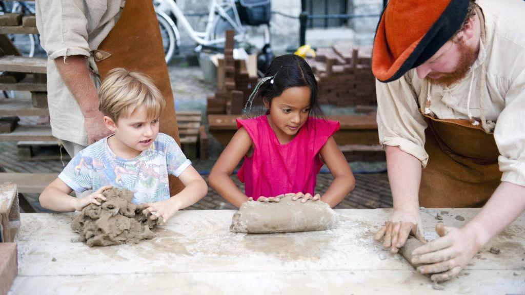 Kinderworkshop op het Gebroeders van Lymborch Festival. Foto: Stichting Gebroeders van Lymborch