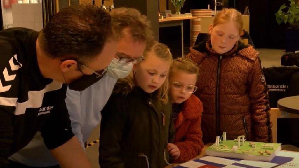 Lunterse kinderen geven hun visie op hun dorp