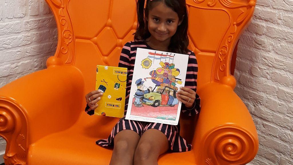 Prijswinnaar kleurwedstrijd Bibliotheek Epe