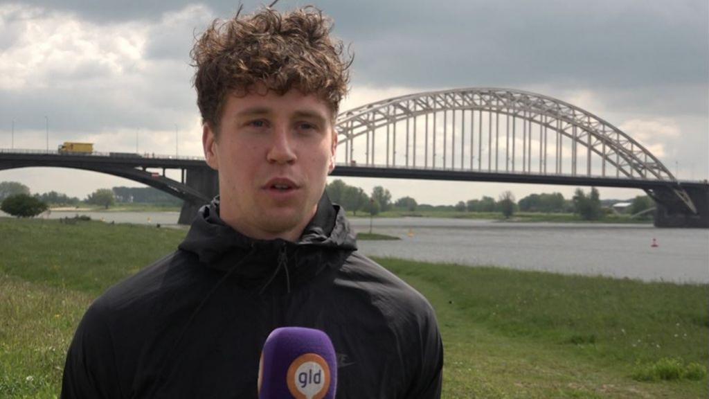 Een Nijmegenaar die voetbalt voor Canada: het verhaal van Frank Sturing