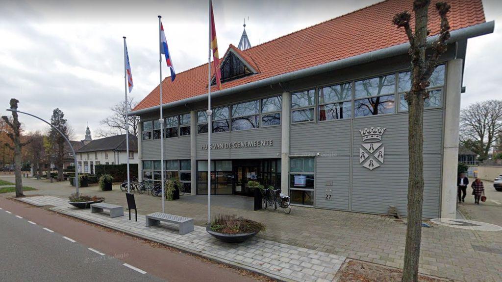 Het gemeentehuis van Wijchen. Foto: Google Street View