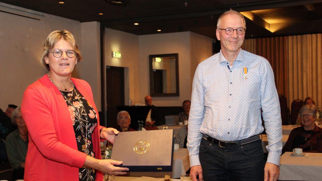 Koninklijke Onderscheiding voor Henk van Woudenberg