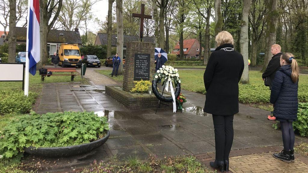 Burgemeester Schaap doet herdenkingstour  in Renkum