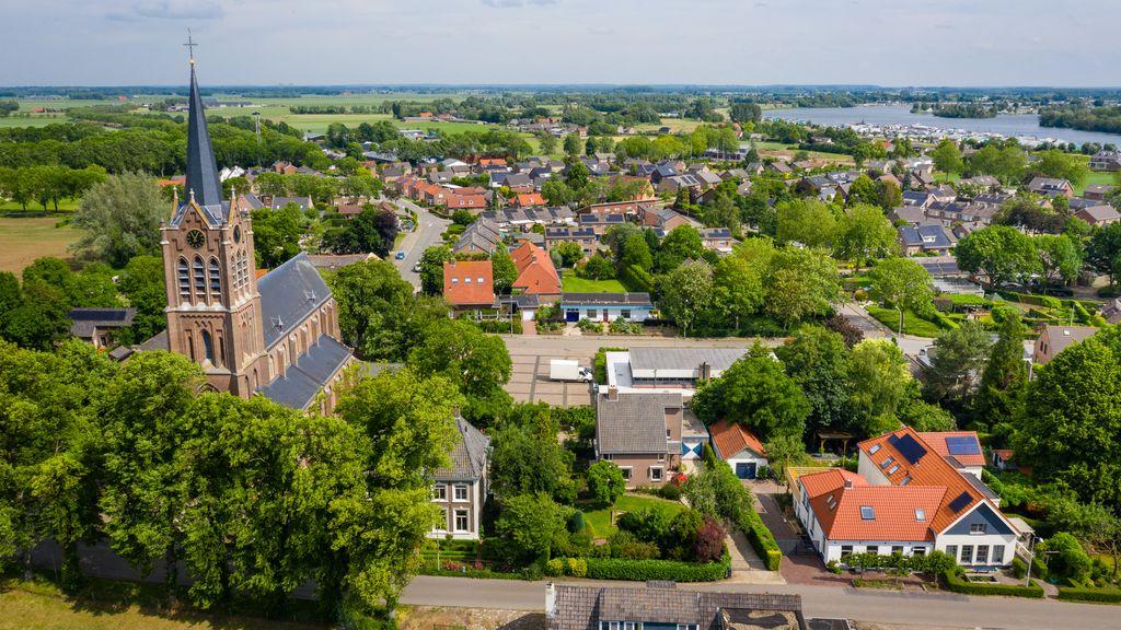 Politiek wil vijf gemeenten verenigen om Land van Maas en Waal groots te promoten
