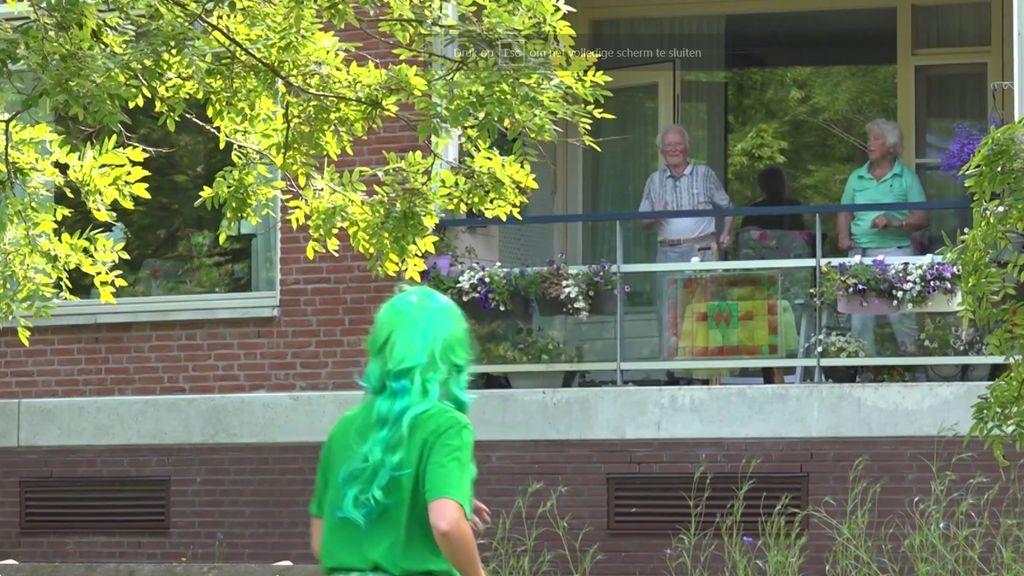 Ouderen bewegen op Brakkensteinse balkonnen