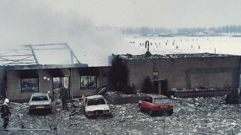 Dertig jaar na de vuurwerkramp in Culemborg: een reconstructie met de EOD'er die ter plaatse was