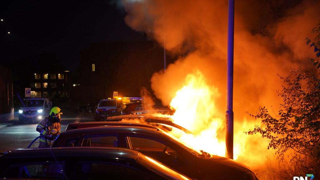 Dubbele autobrand Tollensstraat