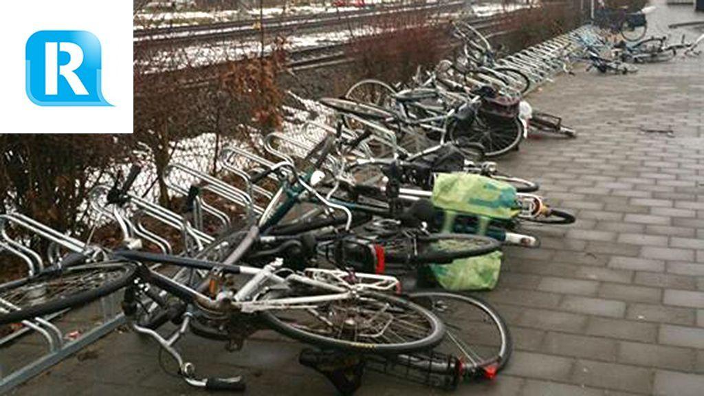 Fietsen bij station in Dieren vernield: 'Echt een kansloze actie'