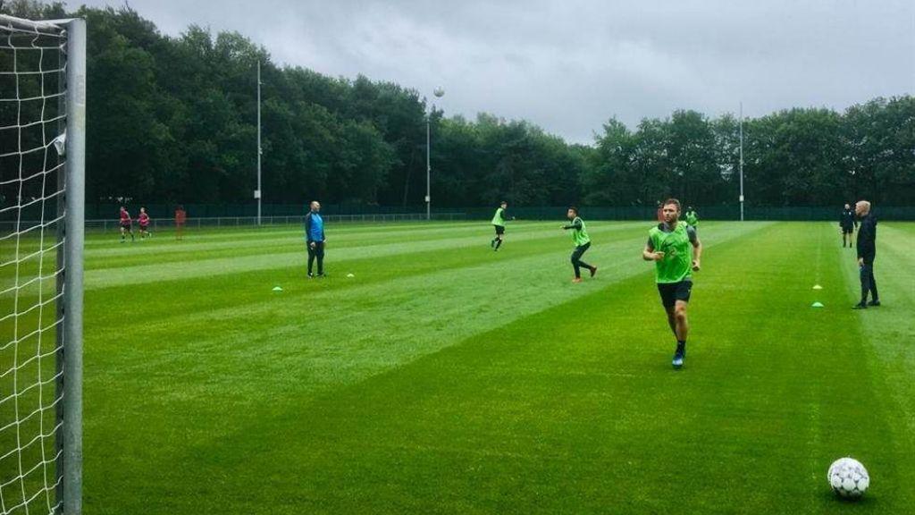 Noren genieten bij Vitesse, Delaveris is bijna fit