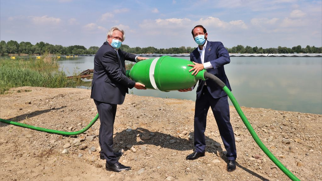 Zonnepark de Uivermeertjes officieel geopend