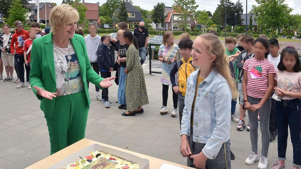 Aline (10) nieuwe kinderburgemeester van Renkum