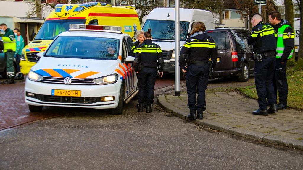 Politie wil beelden van vechtende glazenwassers in Vaassen