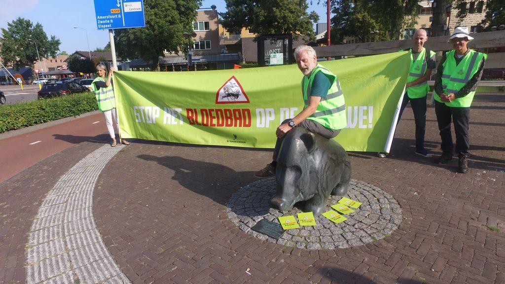 'Stop het bloedbad op de Veluwe'