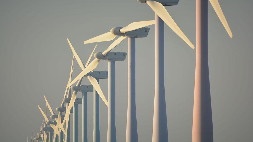 College: Beuningen alleen met vijf grote windmolens energieneutraal