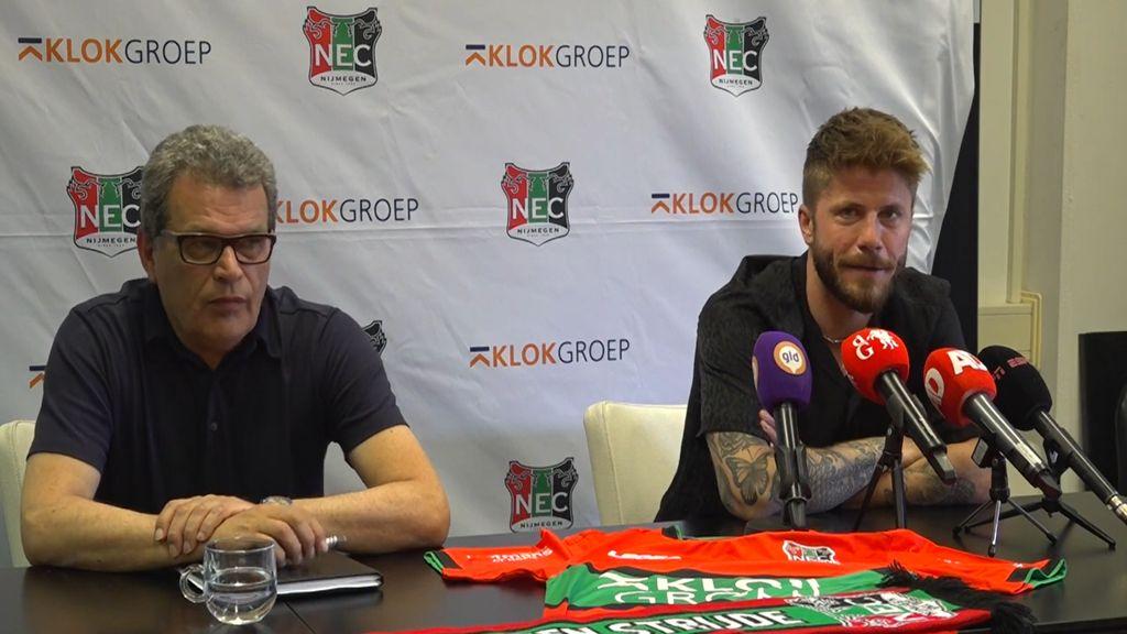 Ted van Leeuwen met Lasse Schöne rechts van hem Foto: RN7