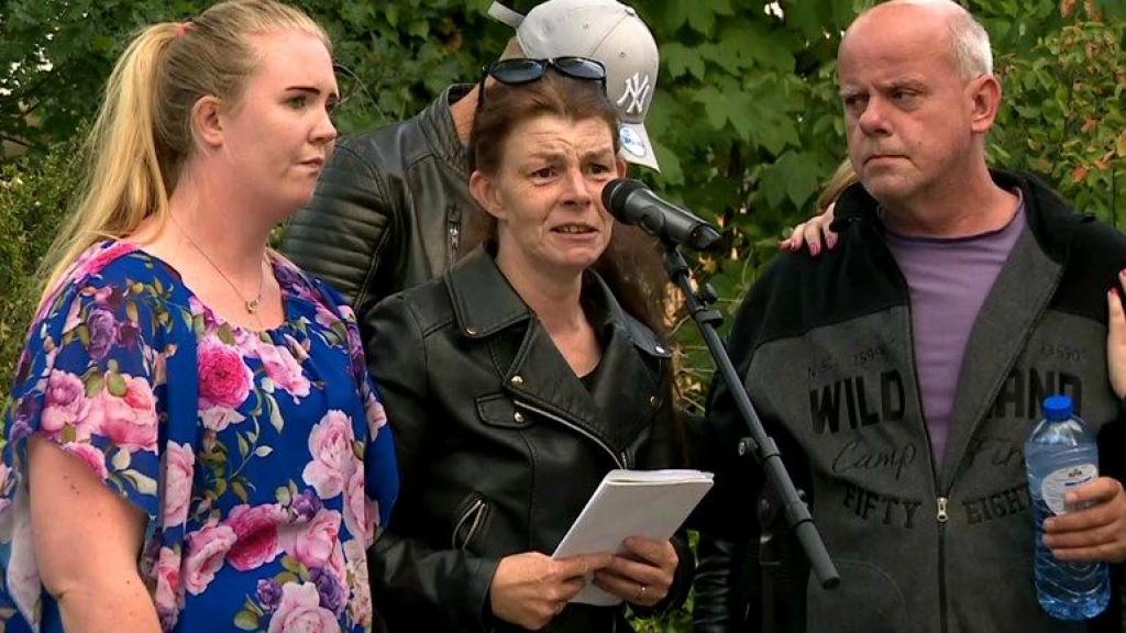 Moeder vermoorde Shelley dient klacht in bij politie over optreden agenten