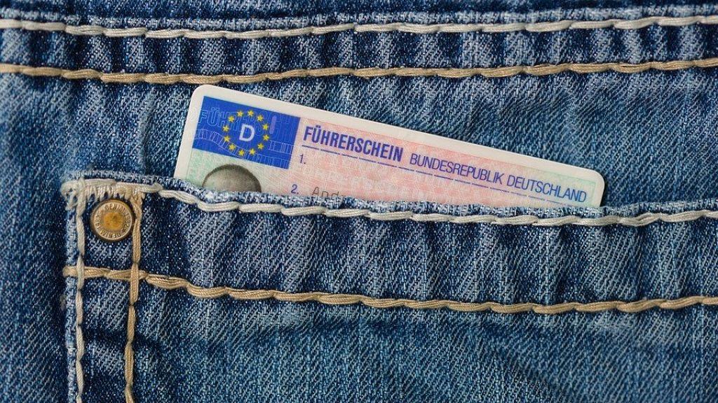 Rijbewijskeuringen CBR in Ederveen en Lunteren