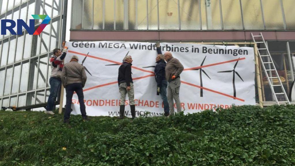 Actiegroep houdt verzet tegen grote windmolens langs A73 vol